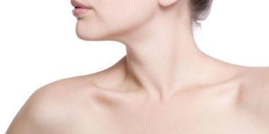 I risultati del trattamento di Lifting del collo non invasivo su di una giovane donna